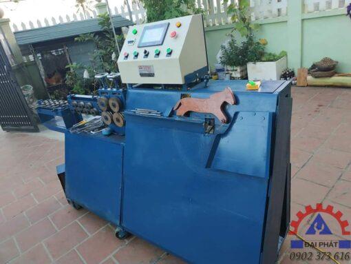 Giao máy bẻ đai ở Hà Tĩnh